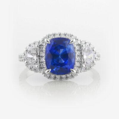 Cushion Sapphire &Diamond ring