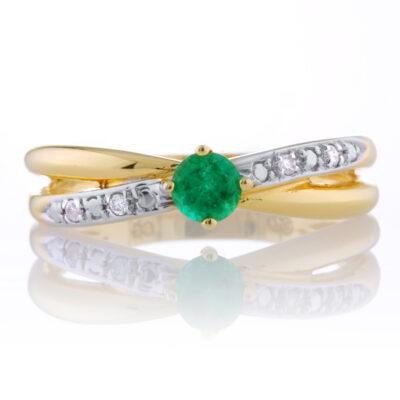 Emerald Crossover Ring