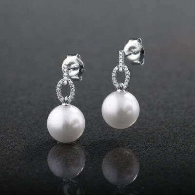 Pearl and Diamond Drops