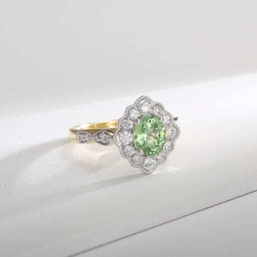 Mahenge Mint garnet Ring